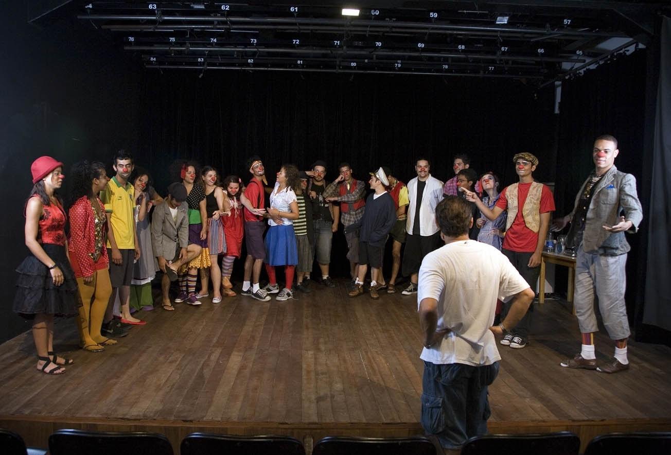 Edital seleciona interessados em produzir documentário do Programa de Jovens